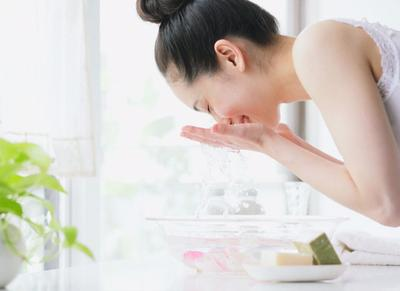 [FORUM] Sering mencuci muka, ternyata bikin jerawat lebih parah