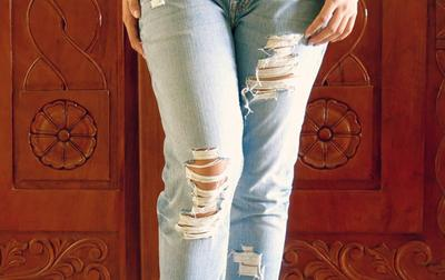 [FORUM] Kalau punya jeans belel, buang apa masih tetap dipakai?