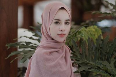 [FORUM] Ribet nggak sih kalo pakai hijab pashmina untuk sehari-hari?