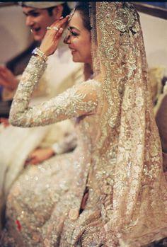 [FORUM] Perawatan apa aja sih yang harusnya dilakukan calon pengantin?