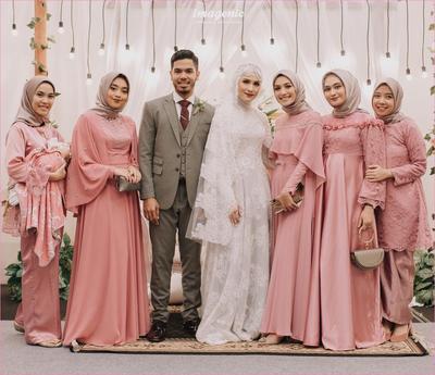 [FORUM] Kasih seragam buat bridesmaid, bagusnya pakai bahan apa yah?
