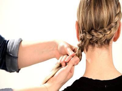 [FORUM] Siapa di sini yang masih suka ngepang rambut?