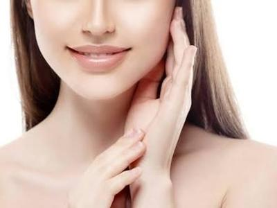 [FORUM] Benar engga  konsumsi Suplemen makanan Vitamin C bisa bantu kulit tampak cerah?