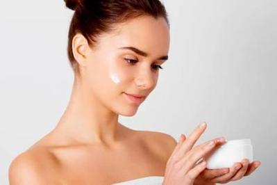 [FORUM] Guys rekomendasiin sunscreen/sunblock yang cocok untuk muka berjerawat, sensitive dan berminyak dong