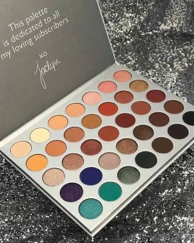 Palet Morphe x Jaclyn Hill: Palet Eyeshadow Palette yang Bisa Membuat Variasi Eyelook
