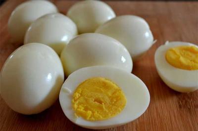 [FORUM] Makan satu telur rebus setiap hari beneran bisa bikin naik berat badan?