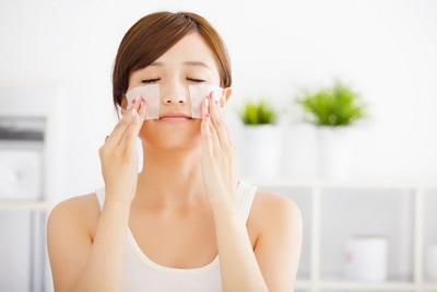 [FORUM] Kenapa bagian hidung gampang berminyak setelah pakai makeup?