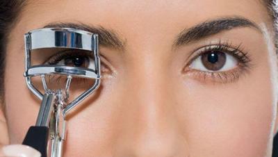 [FORUM] Berbagi cara menggunakan penjepit bulu mata yang hasilnya bagus dong...