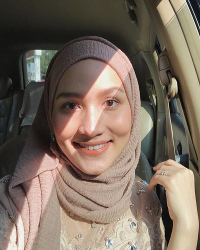 [FORUM] Beli hijab polos yang bahannya bagus dan gak murahan di mana ya?
