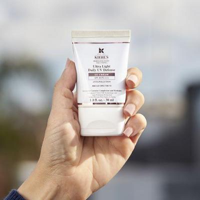 Dapatkan Rona Wajah Terlindungi dari Sinar Matahari dengan Kiehls Ultralight Daily UV Defense CC Cream