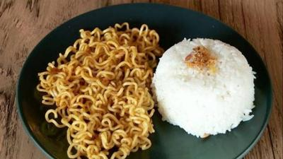 [FORUM] Nasi atau Mi Instan yang bikin bada cepat gemuk?