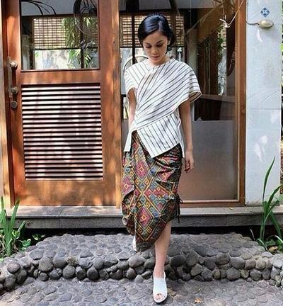 [FORUM] Kondangan pakai batik, bisa dibuat jadi modern