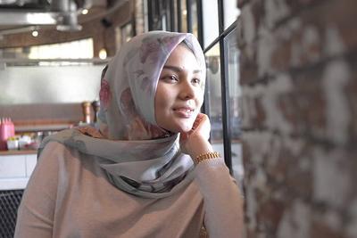 [FORUM] Mau bikin hijab yang diikat ke belakang tapi lehernya suka kelihatan hiks