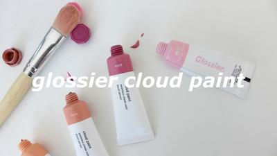 Inilah 4 'Super' Fun Facts Tentang Glossier Cloud Paint!