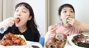 [FORUM] Lagi PMS, kok bawaannya mau makan terus ya?