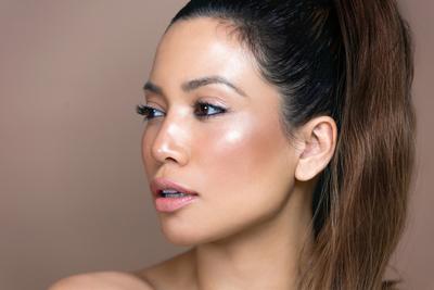 Ini Dia Cara Mudah untuk Mendapatkan Glass Skin Lewat Makeup!