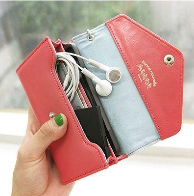 [FORUM] Kamu tipe orang yang selalu taruh uang di dompet atau kantong aja?