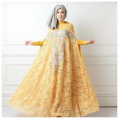 Tampil Formal dengan Dress Model Cape