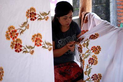 [FORUM] Gimana bedain batik tulis dan print saat ingin membeli?
