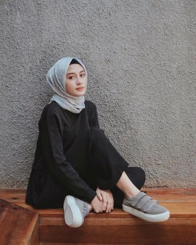 Ini Dia Tips Memakai Hijab untuk Si Jidat Lebar, Wajib Coba Nih!