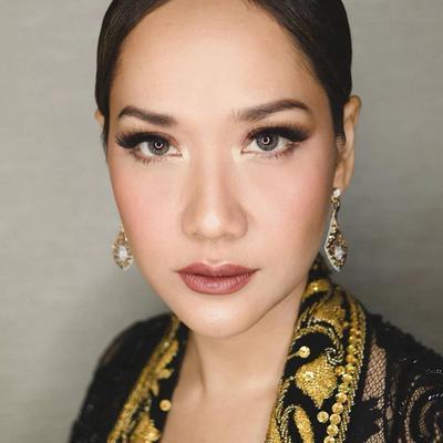 [FORUM] Siapasih artis yang paling kamu suka soal gaya makeup?