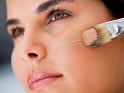 [FORUM] Boleh gak makeupan saat pakai skincare dokter?