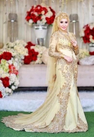 [FORUM] Islam mengajarkan untuk hidup sederhana, tapi bagaimana dengan wanita hijab yang tampil mewah?