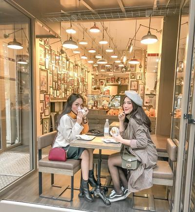 [FORUM] Kamu tipe orang yang kalau makan harus di tempat bagus gak?