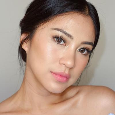 Beberapa Inspirasi Makeup Ala Tyna Kanna Mirdad yang Super Gorgeous