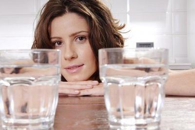 [FORUM] Benarkah minum air dingin terus bikin gampang gemuk?