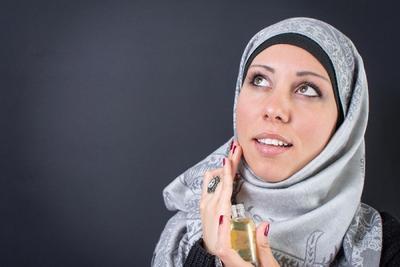 [FORUM] Dalam Islam, bolehkan wanita memakai parfum