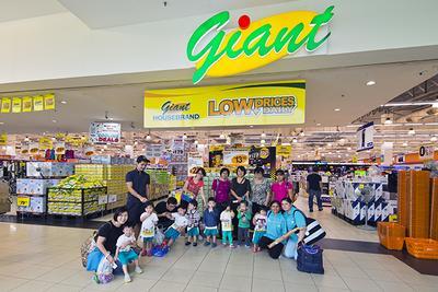[FORUM] Kalian lebih tertarik belanja di Giant atau Carrefour?