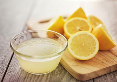 Bukan Teh atau Susu tapi Perasan Jeruk Lemon