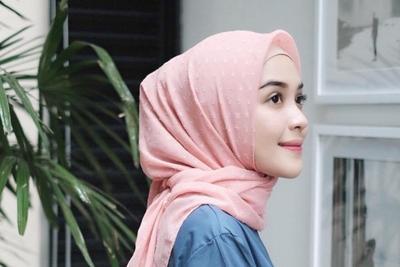 [FORUM] Kenapa kalau pakai hijab warna pastel, wajah jadi kelihatan cerah ya?