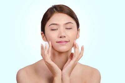 [FORUM] Kenapa skincare aku suka meninggalkan residu putih-putih di wajah ya?
