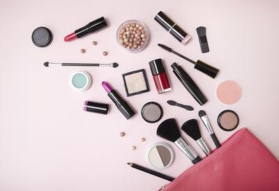 [FORUM] Menurut kamu, brand makeup apa yang lagi laris banget tahun ini?