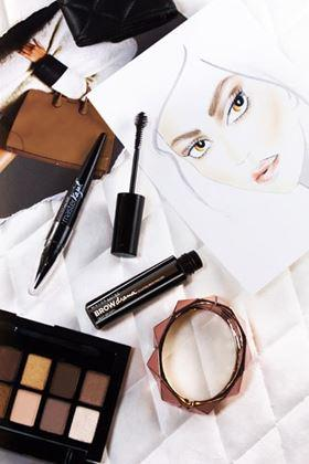 Palet Eyeshadow Nude untuk Sehari-hari: The Nudes Palette Eyeshadow dari Maybelline