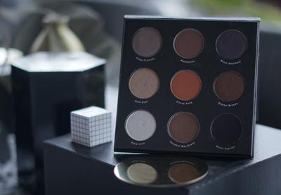 Kolaborasi Mizzu dan Endi Feng Menghasilkan Palet Eyeshadow yang Super Cantik!