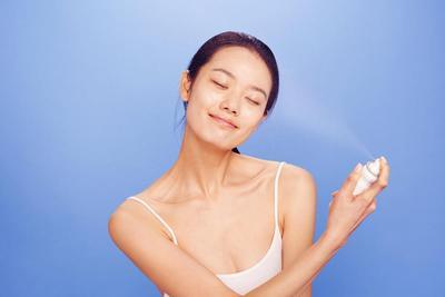 Cegah Kulit Kusam Saat Traveling dengan 5 Skincare Ini!