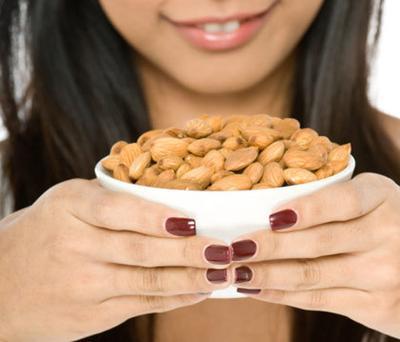 [FORUM] Benarkah makan kacang bisa menimbulkan jerawat?
