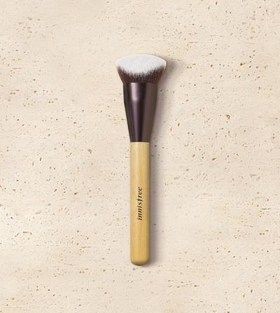 Innisfree My Foundation Brush (Cover), Makeup untuk Hasil Flawless Finish & Good Coverage