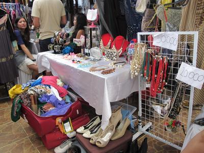 [FORUM] Daripada nggak dipakai mending dijual, buka garage sale dimana ya enaknya?