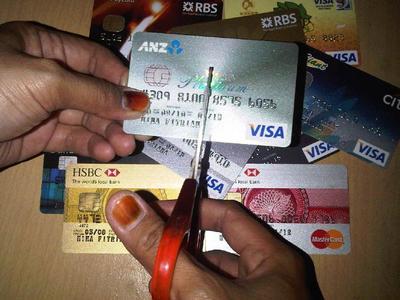 [FORUM] Menggunakan kartu kredit termasuk riba dong yaaa?