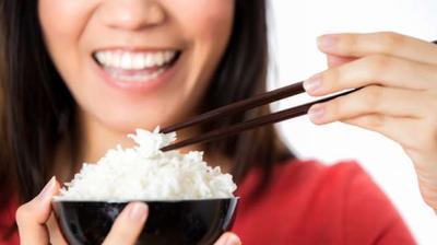 [FORUM] Belum makan kalau makan nasi, ada yang begini juga?