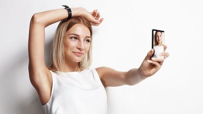 Selfie Tanpa Filter? Yuk Coba Tips Make Up Sebelum Selfie Ini!