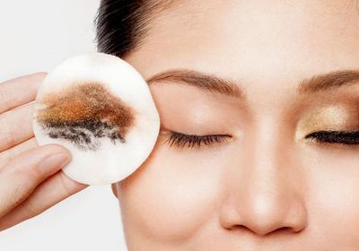 [FORUM] Gimana sih cara bersihin mascara waterproof?