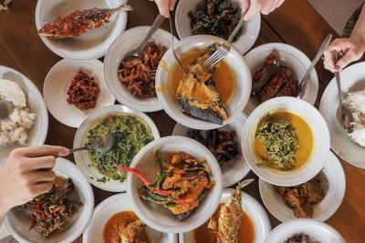 Sudah Mendunia, 4 Makanan Lezat Khas Padang Selain Rendang Ini Wajib Kamu Coba!