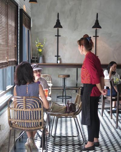 [FORUM] Minta rekomendasi cafe Instagram-able di Surabaya dong dear!