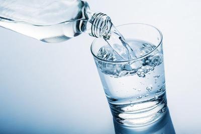 [FORUM] Bukan Bikin Kurus, Kebanyakan Minum Air Putih Justru Bikin Gendut?