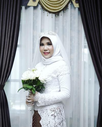 [FORUM] Kalian tahu gak sih kisah calon istri yang jadi korban Lion Air tetap pakai baju adat?